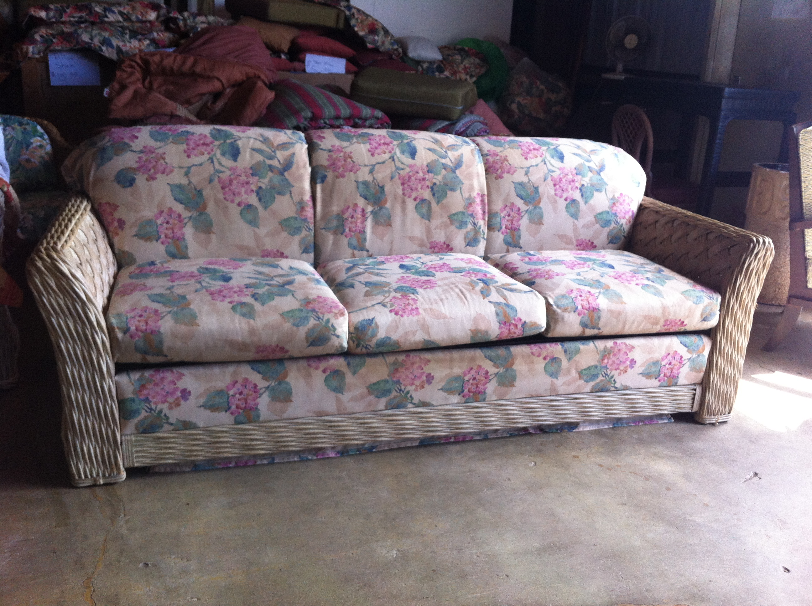 This Just In New Used Furniture And Home Decor Bargain