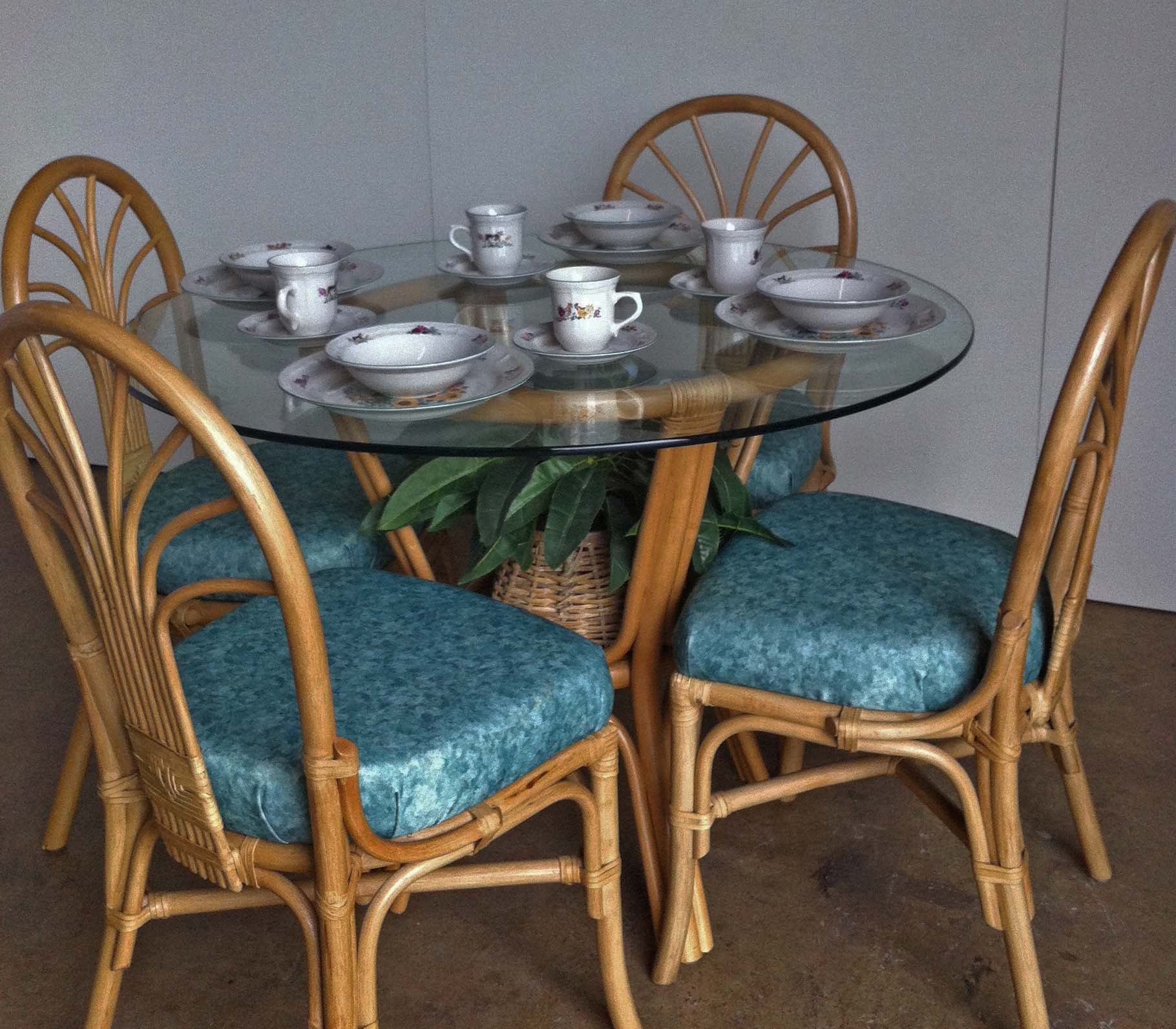 Rattan Dining Table With 4 Chairs