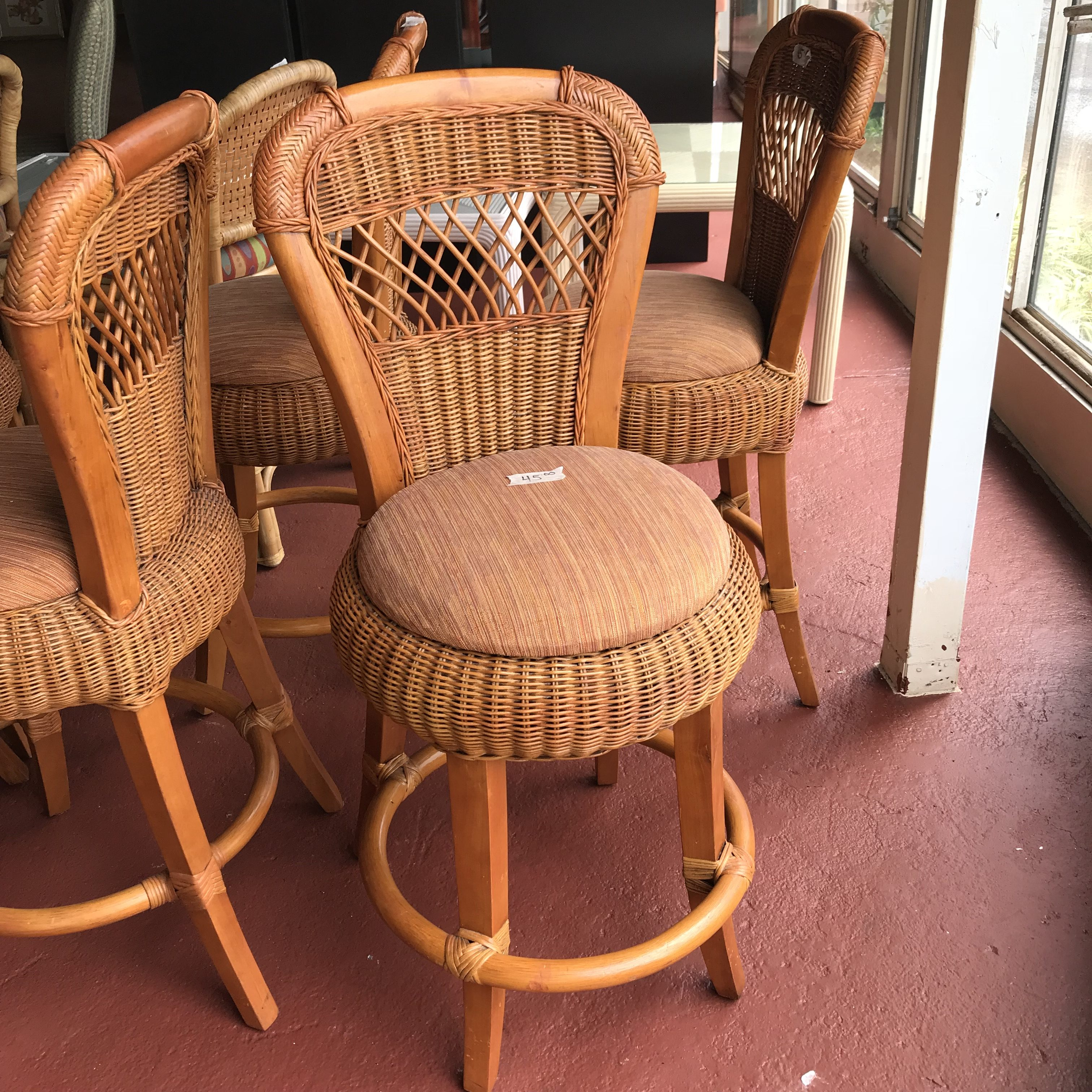 This Just In New Amp Used Furniture And Home Decor Bargain